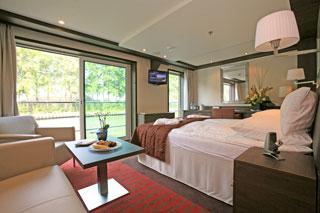Suite cabin on Avalon Felicity