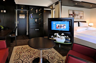 Suite cabin on Avalon Panorama