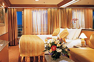 Suite cabin on Carnival Sensation