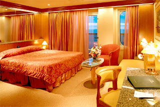 Suite cabin on Carnival Freedom