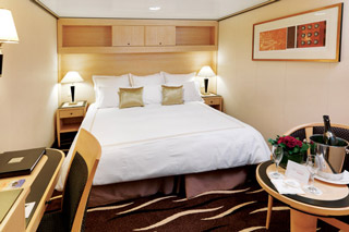 Inside cabin on Queen Mary 2