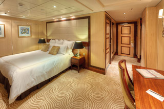 Suite cabin on Queen Mary 2