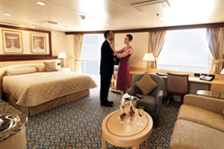 Suite cabin on Queen Victoria