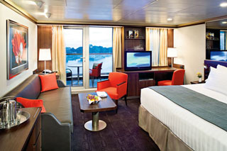 Suite cabin on Eurodam