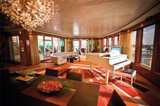 Suite cabin on Norwegian Pearl