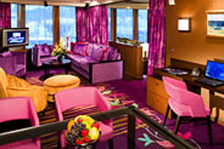Suite cabin on Norwegian Jade