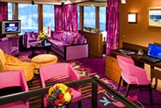 Suite cabin on Norwegian Jade