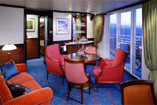Suite cabin on Norwegian Sky