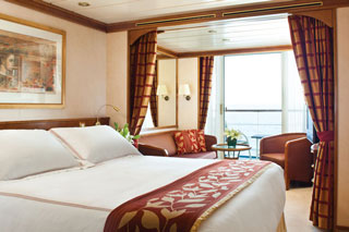 Suite cabin on Seven Seas Mariner