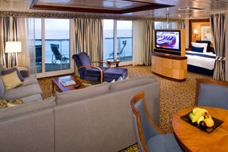 Owner's Suite with Balcony on Radiance of the Seas