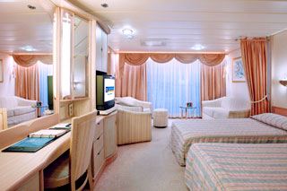 Junior Suite with Balcony on Splendour of the Seas