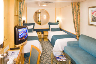 Inside cabin on Mariner of the Seas