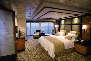 Suite cabin on Freedom of the Seas