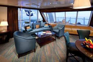 Suite cabin on Oasis of the Seas