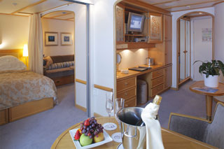 Suite cabin on SeaDream I
