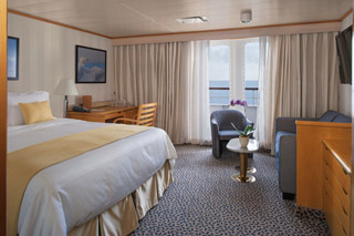 Suite cabin on Silver Discoverer