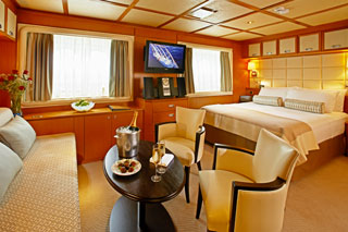 Suite cabin on Wind Spirit
