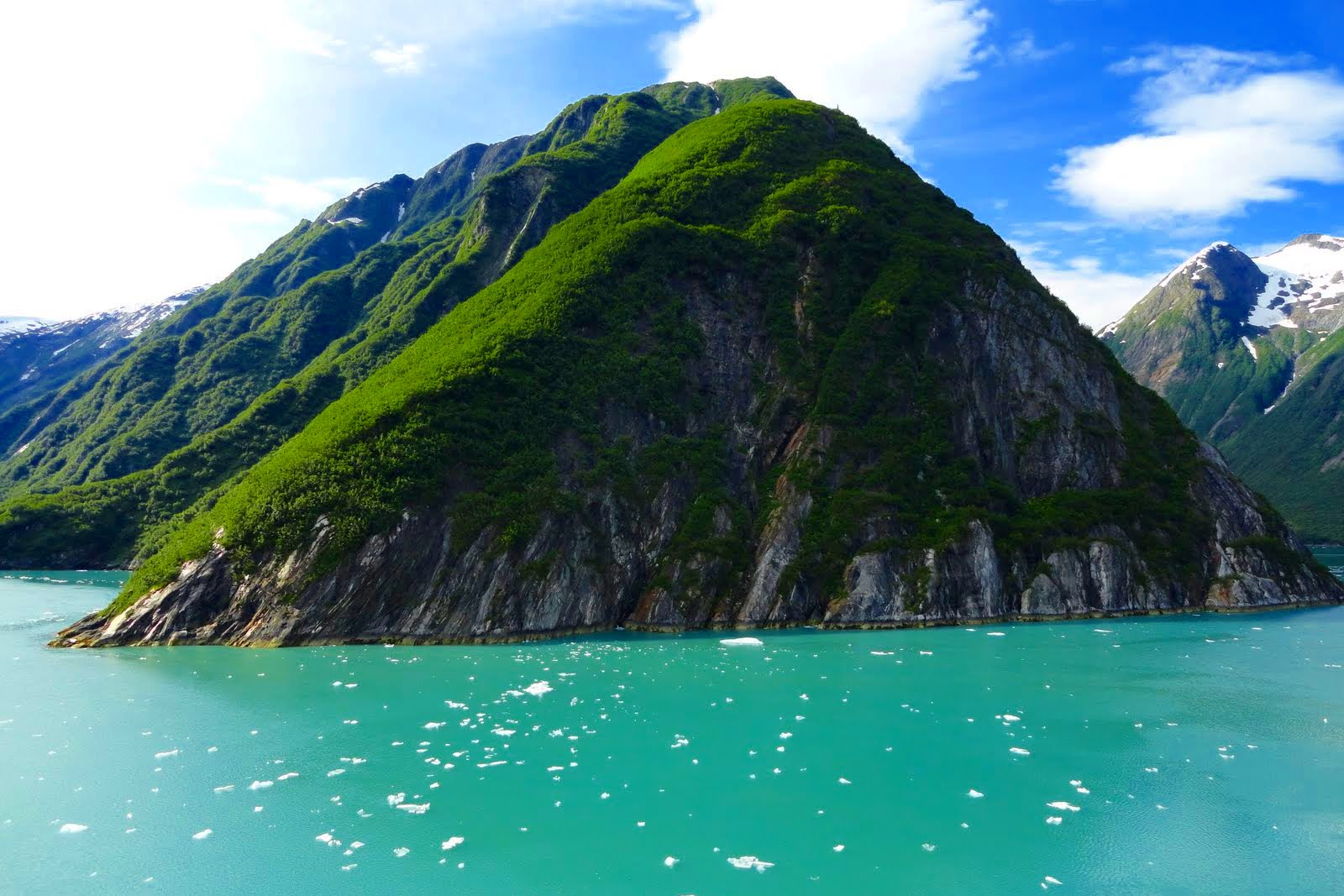 Cruise Tracy Arm Fjord Alaska Cruise Port Cruiselinecom - Tracy arm fjord