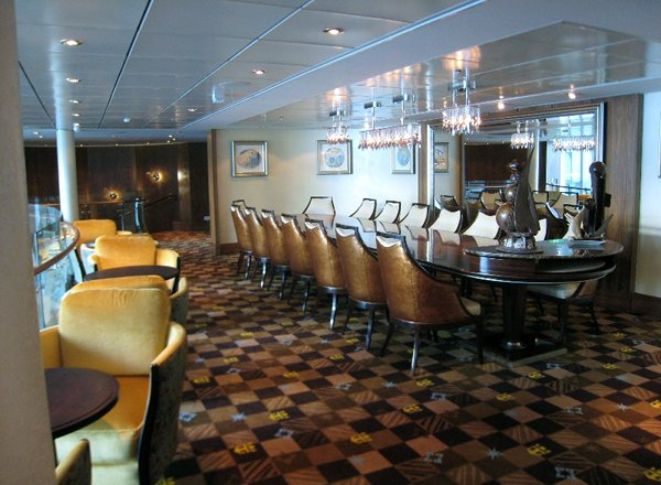 Concierge Lounge on Allure of the Seas