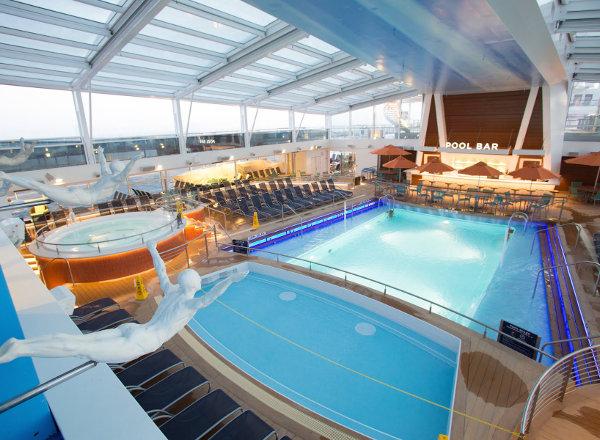 Pool Bar on Anthem of the Seas