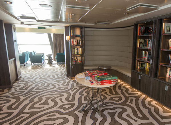 Library on Anthem of the Seas