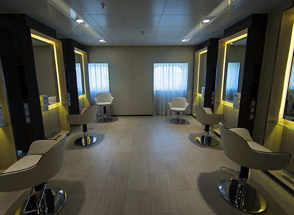 Salon on Britannia