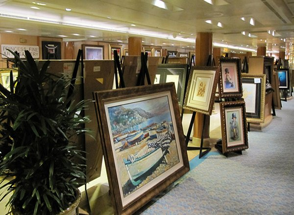 Fine Arts Gallery on Caribbean Princess