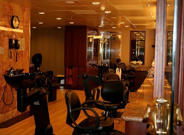 Beauty Salon on Carnival Elation