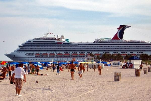 Carnival Valor