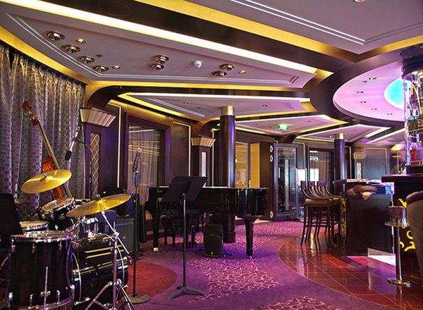 Ensemble Lounge on Celebrity Silhouette