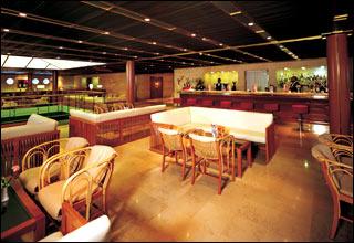Bar on Costa neoRomantica