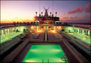 Pool on Costa Serena
