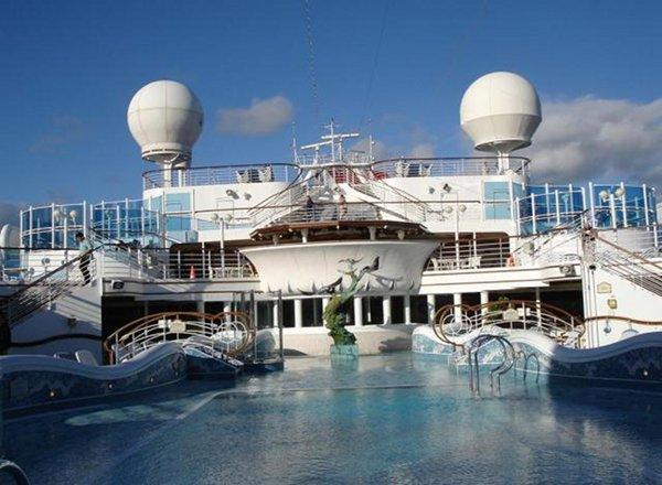 Calypso Reef And Pool on Emerald Princess