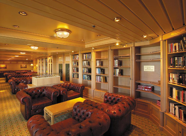 Library on Empress of the Seas