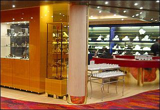 Shopping Arcade on Eurodam