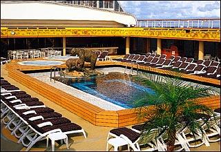 Lido Pool on Eurodam