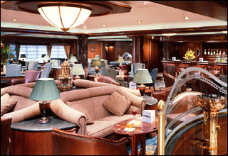 Wheelhouse Bar on Island Princess
