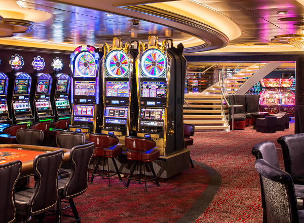 Casino Royale on Jewel of the Seas