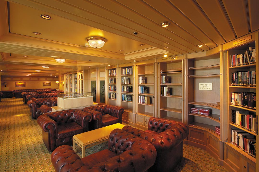 Library on Jewel of the Seas