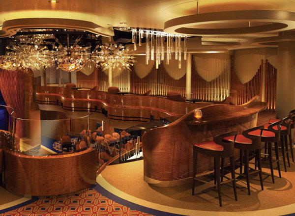 Queen''s Lounge on Koningsdam