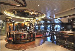 Schooner Bar on Legend of the Seas