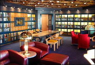 Library on Maasdam
