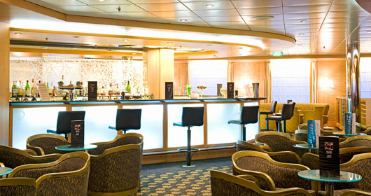 Armonia Lounge on MSC Armonia