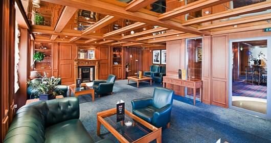 Cigar Room on MSC Divina