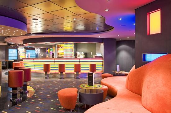 Fantasia Bar on MSC Fantasia