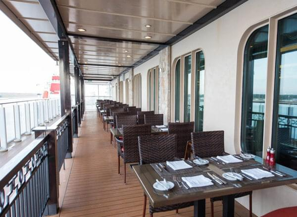 Moderno on the Waterfront on Norwegian Breakaway