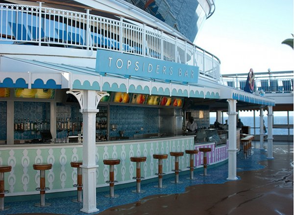 Topsiders Bar and Grill on Norwegian Dawn