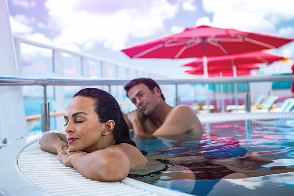 Hot Tubs on Norwegian Escape