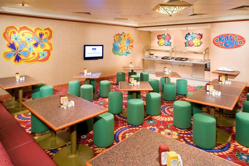 Kids Cafe on Norwegian Gem