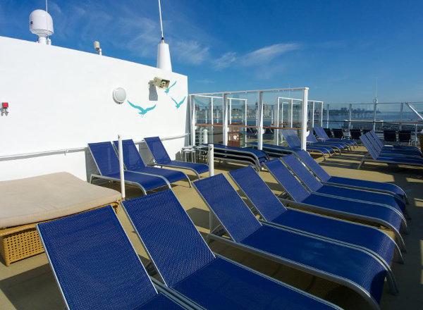Public Sundeck on Norwegian Getaway